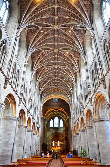 hereford-cathedral-wine-tasting-weekend-ideas