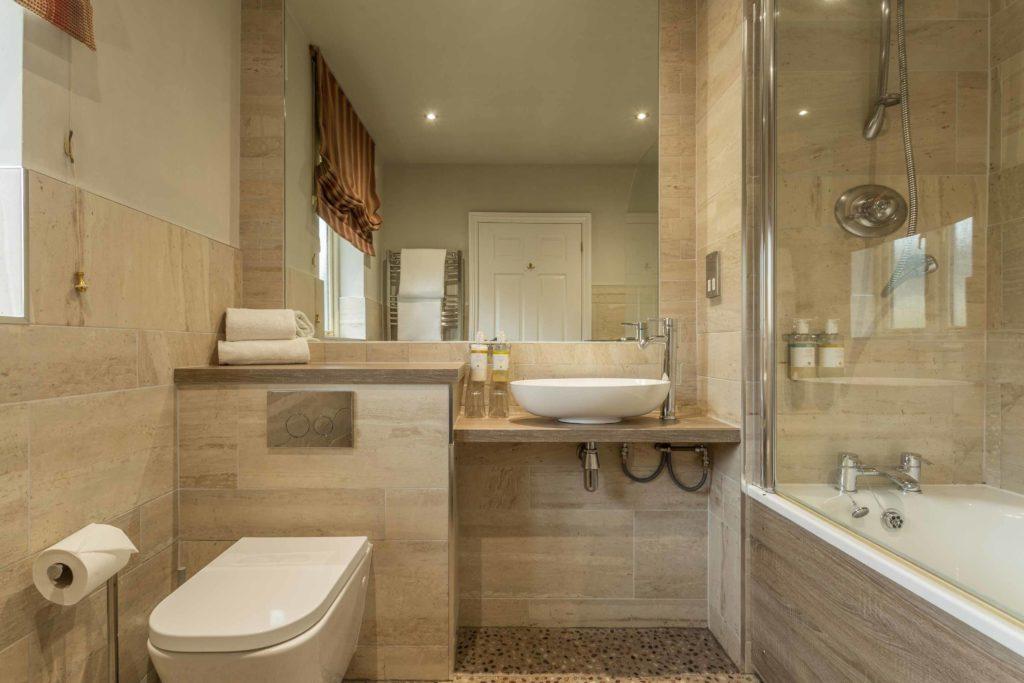 Vineyard-View-Room-Bathroom-2-1024x683
